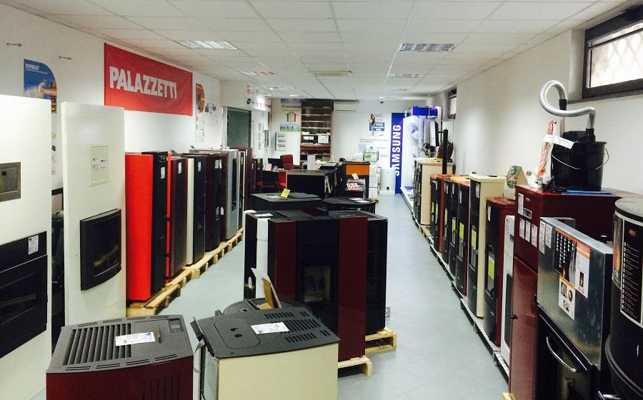 Stufe a napoli la sala espositiva de rosa a quarto for Euromobilia quarto napoli cucine